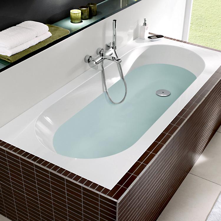 Квариловая ванна Villeroy & Boch Oberon с гидромассажем в комплектации Basic