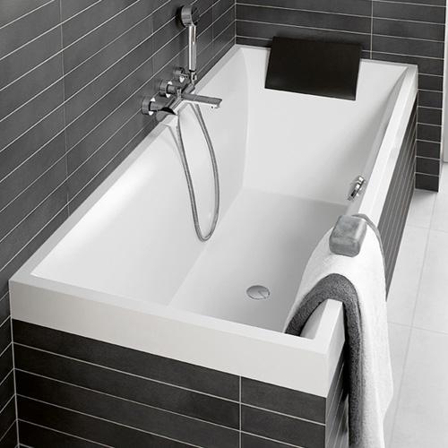 Квариловая ванна Villeroy & Boch Squaro с гидромассажем и массажем спины